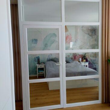 Drewniano-szklana ścianka